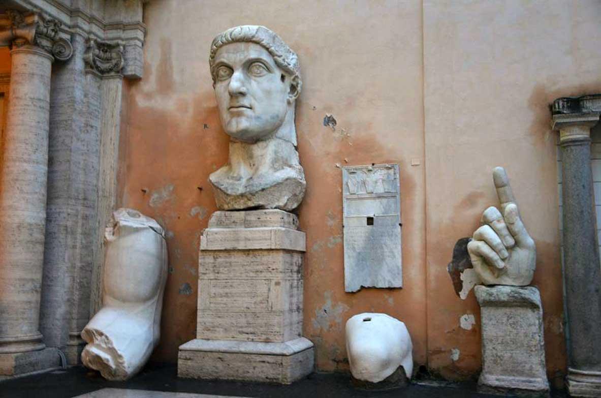 statua di costantino ai musei capitolini