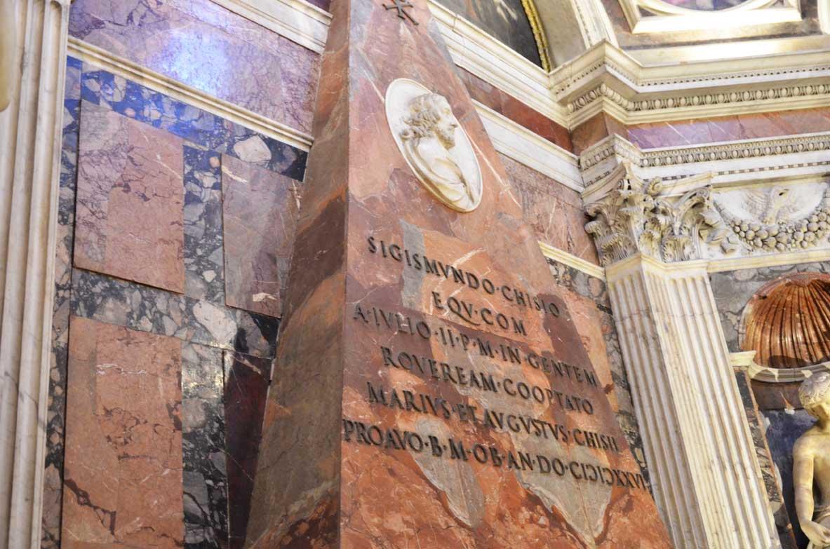 Tomba nella cappella Chigi