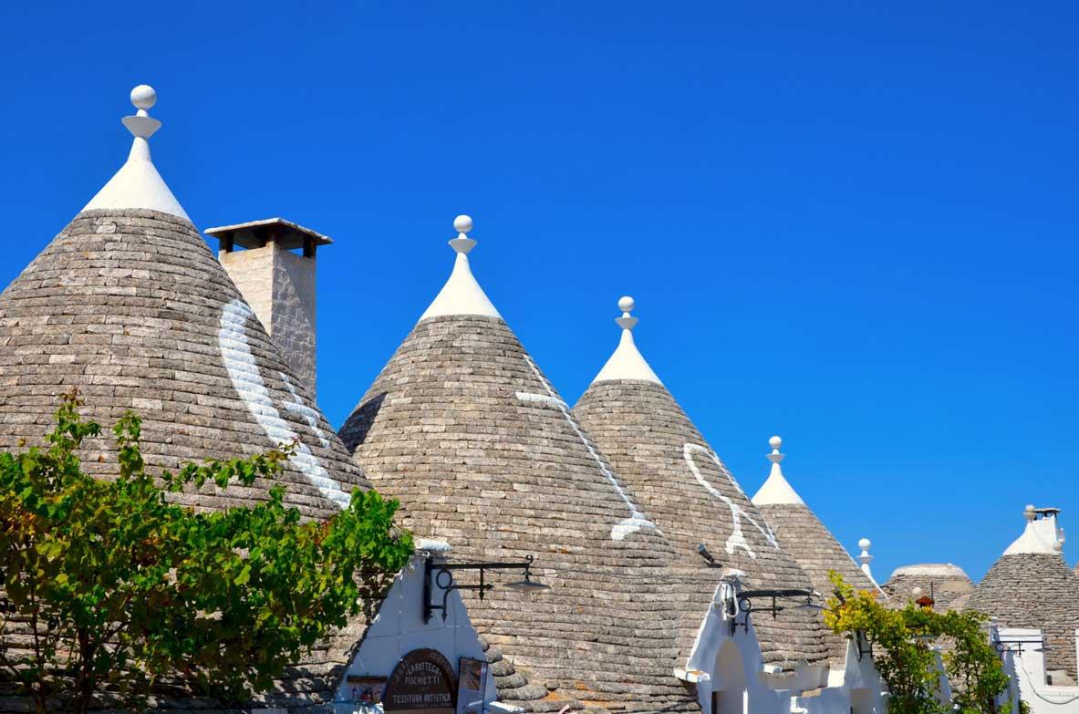 particolare tetti dei trulli alberobello