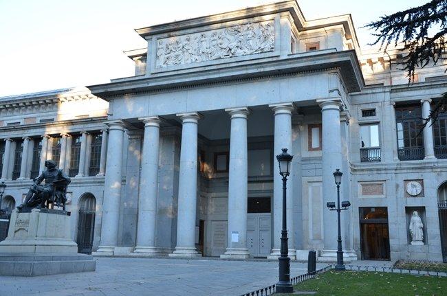 Entrata del museo el Prado Madrid