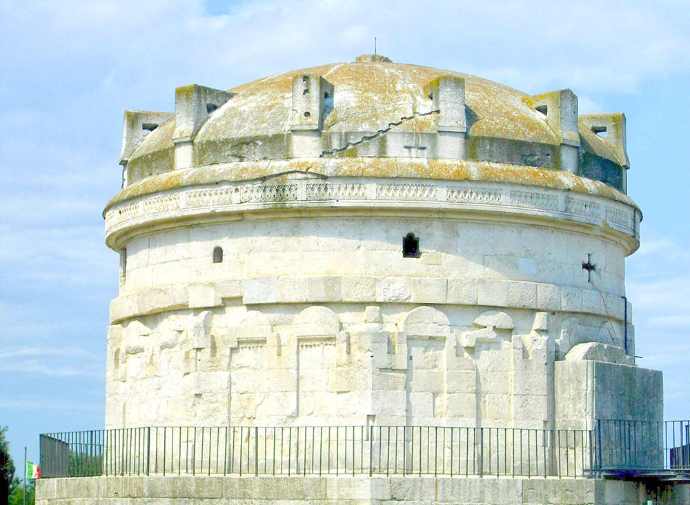 mausoleo-teodorico-ravenna