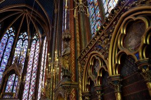 Sainte Chapelle di Parigi: alla scoperta dello scrigno monumentale di San Luigi
