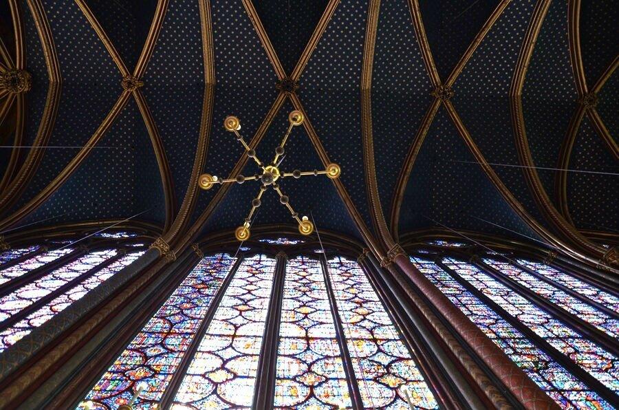 interno della sainte chapelle