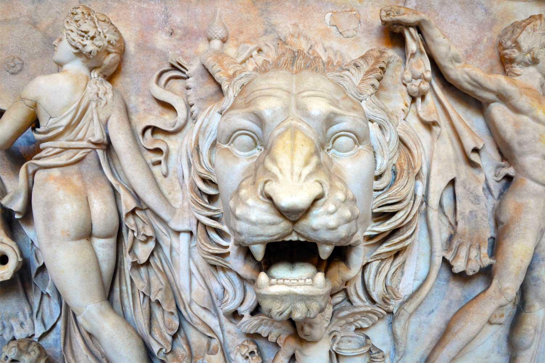 particolare sarcofago romano