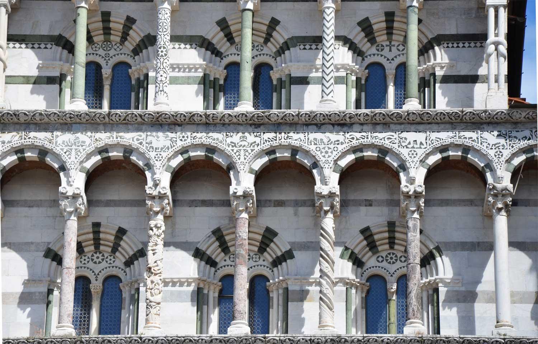 Duomo Di Lucca Il Labirinto E Tutti I Misteri Di San Martino