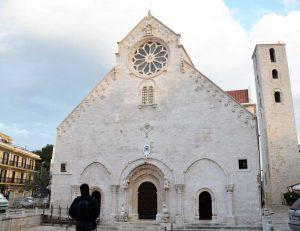 La cattedrale di Ruvo di Puglia: una chiesa romanica e il suo ipogeo preistorico