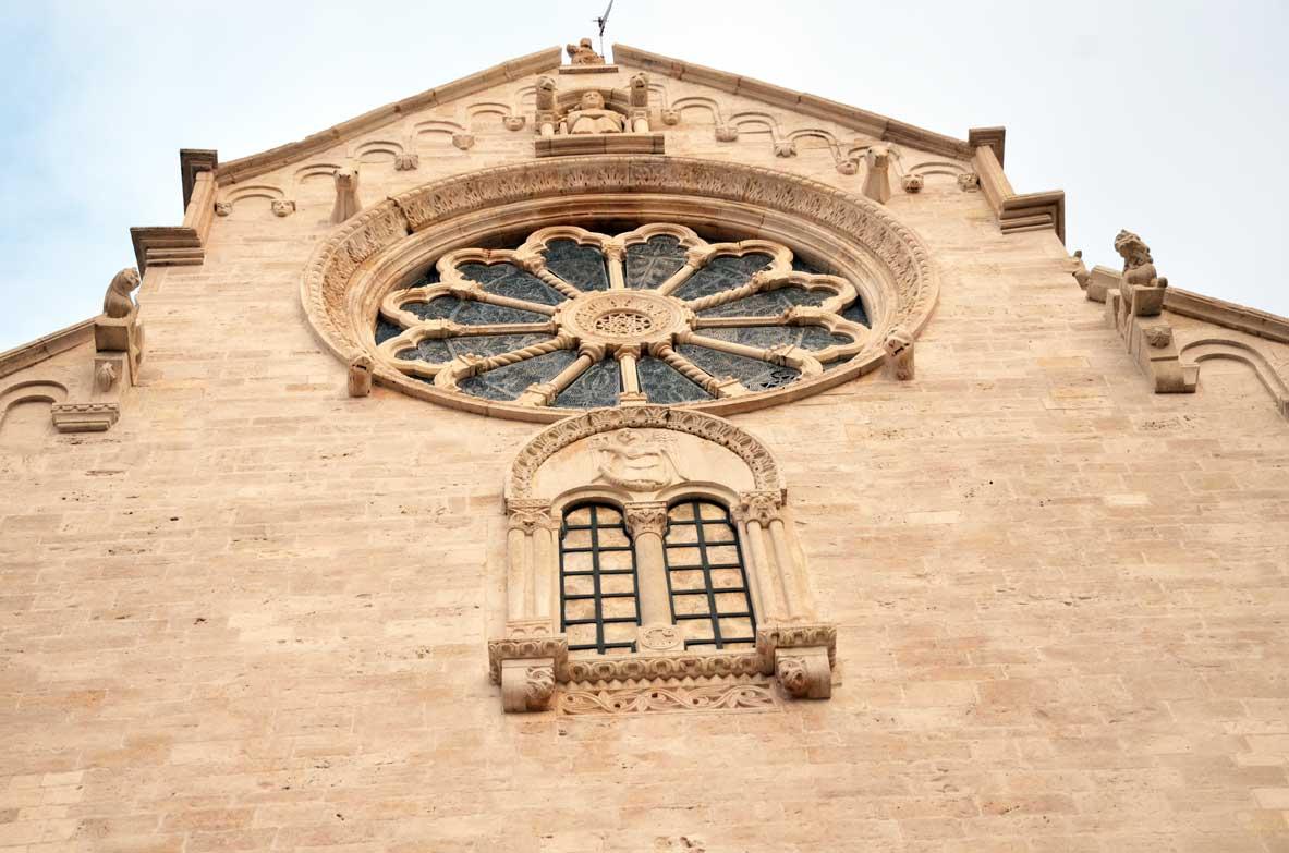 Rosone della cattedrale di Ruvo