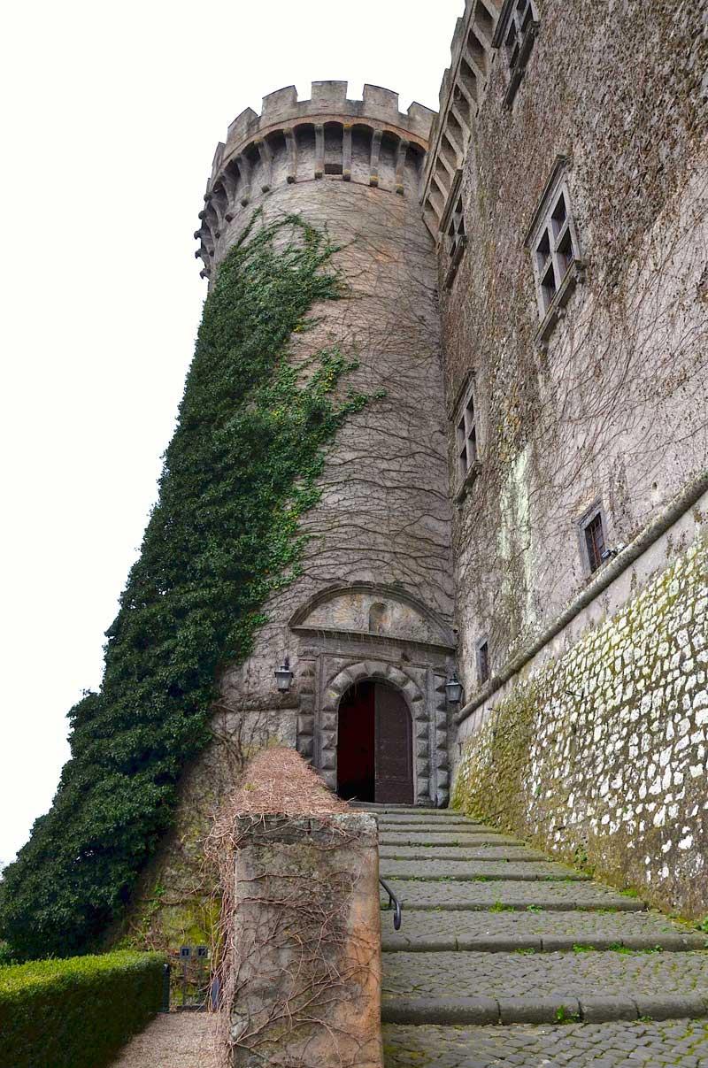 castello-di-bracciano-torre-sinistra