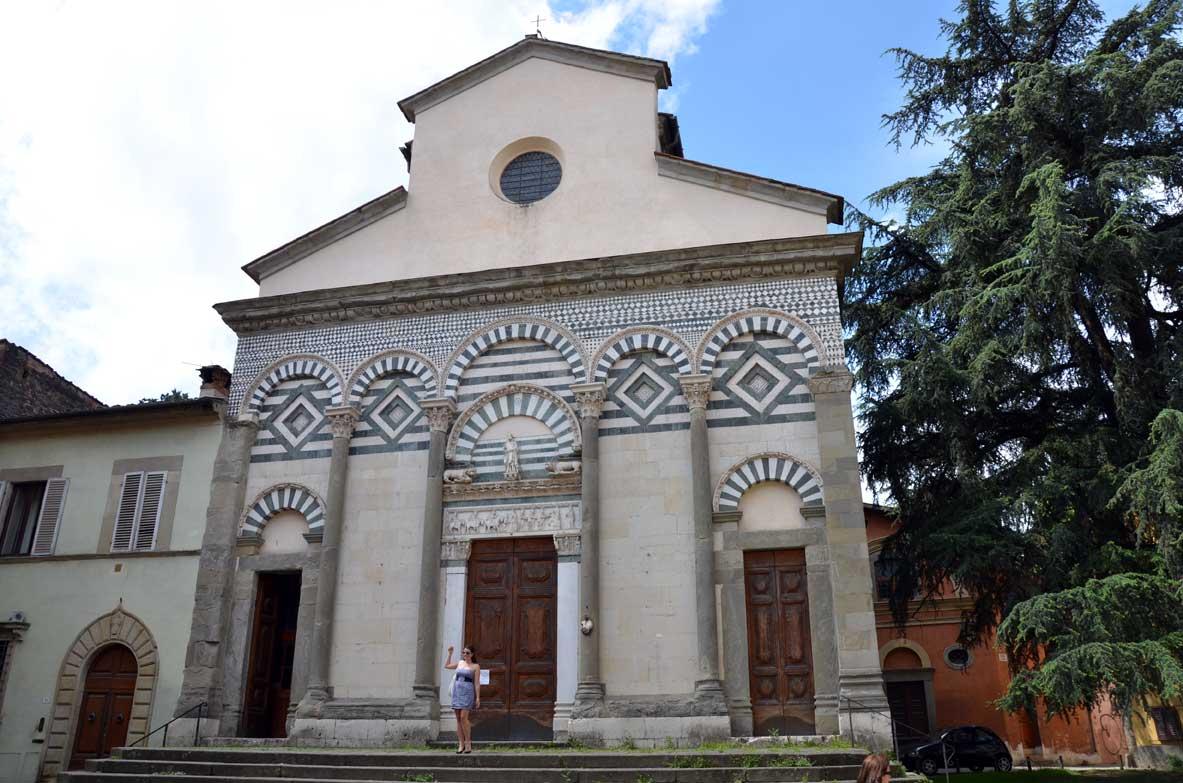 esterno della chiesa di sant'andrea a Pistoia
