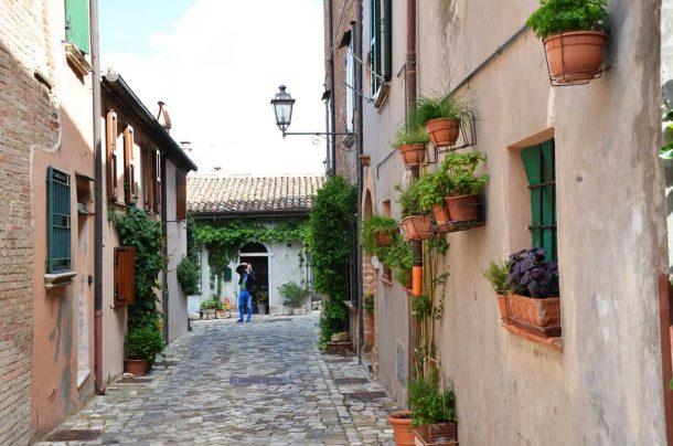 Otto foto per scoprire Santarcangelo di Romagna