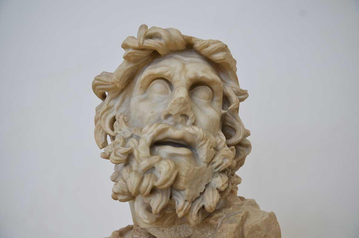 statua di ulisse a sperlonga