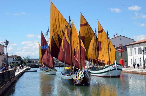 cesenatico le antiche barche dei pescatori