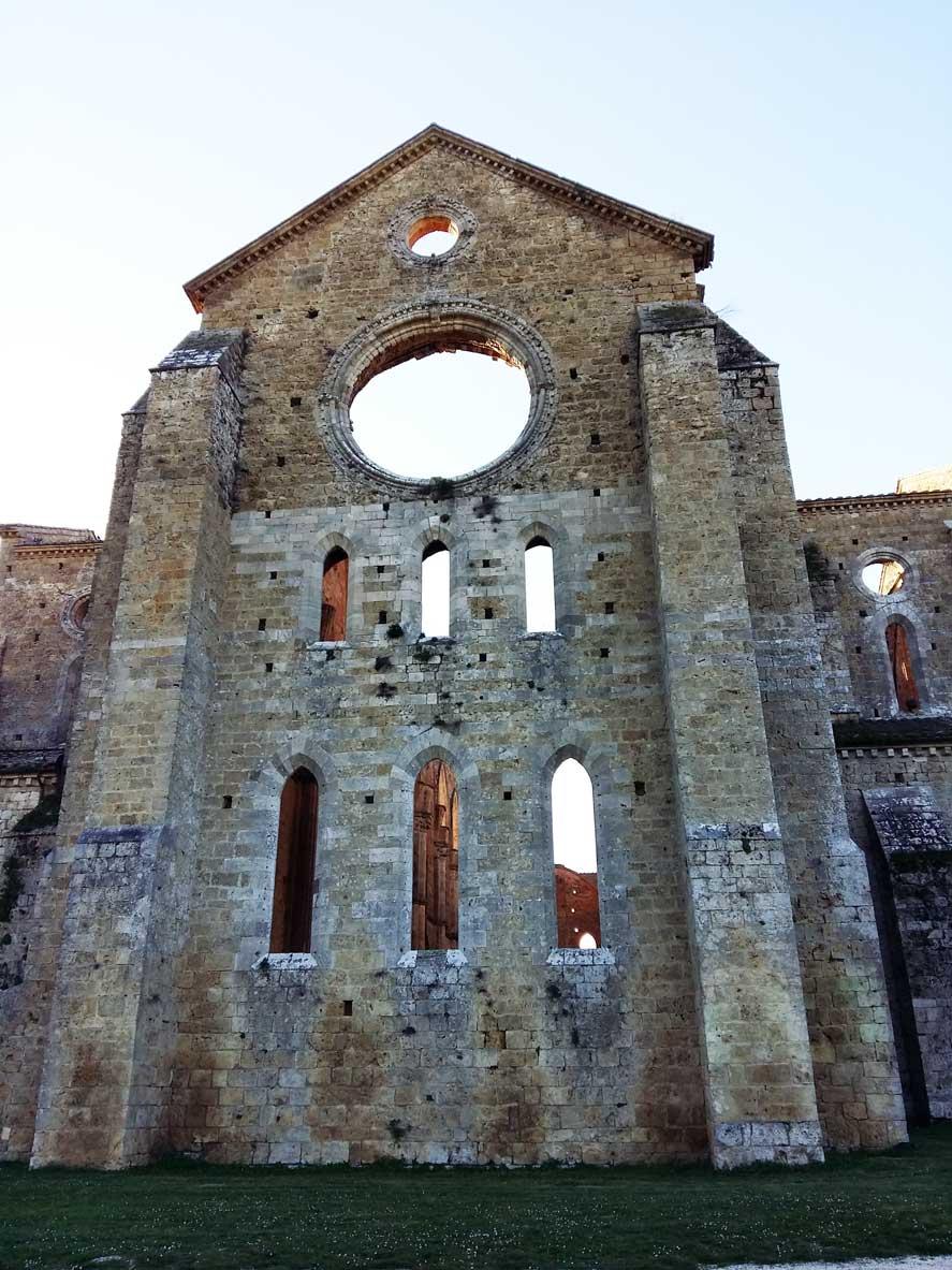 abbazia diroccata