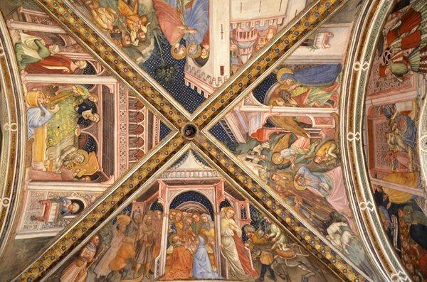 cupola affrescata a Foligno