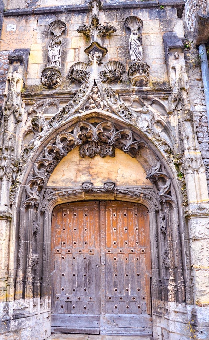 provins portale chiesa