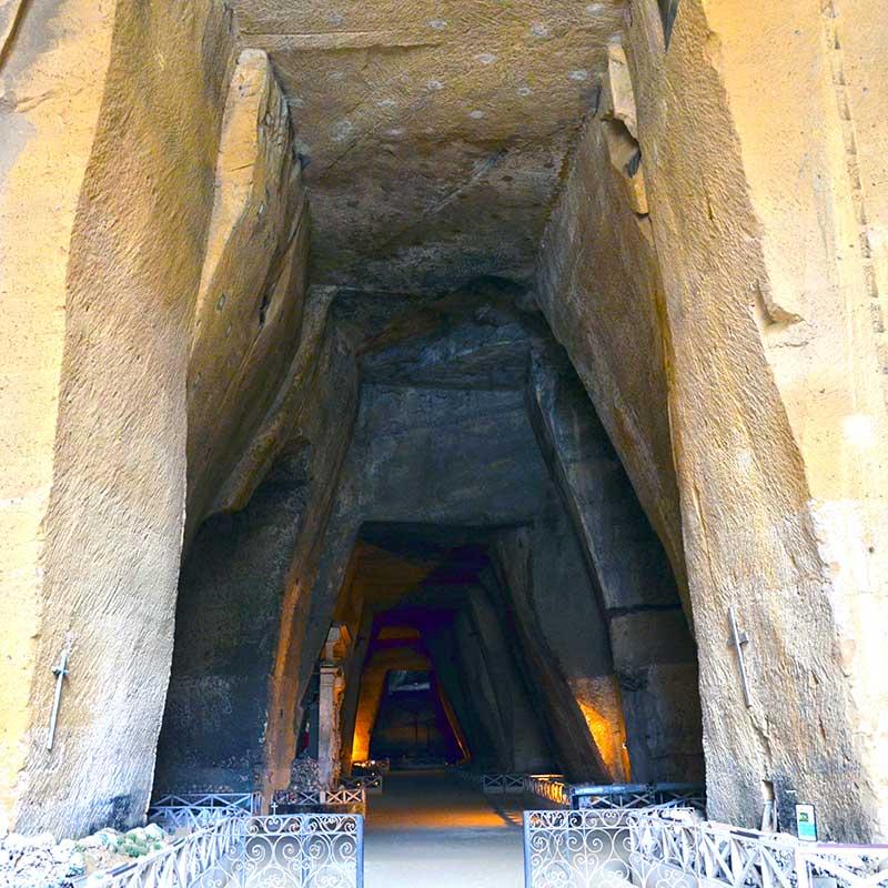 catacombe-delle-fontanelle-a-napoli