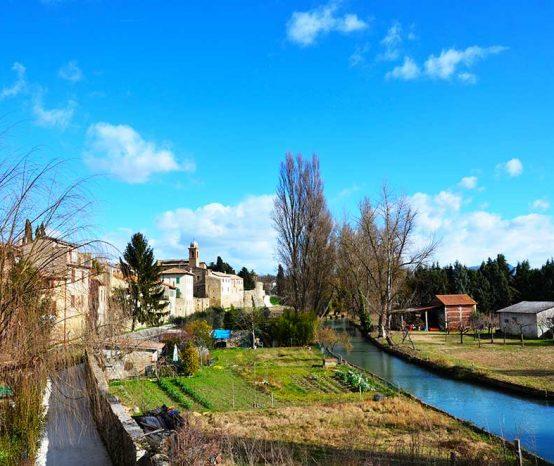 Immergersi nel medioevo e visitare Bevagna