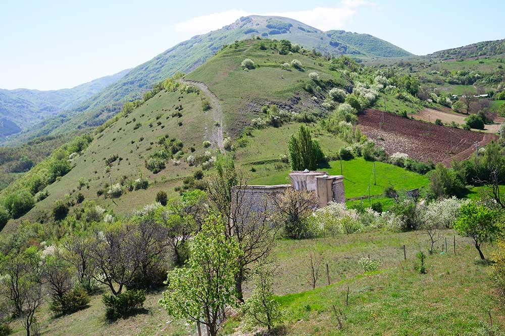 Castel Santa Maria e la Madonna della Neve: storie di terremoti e di vita