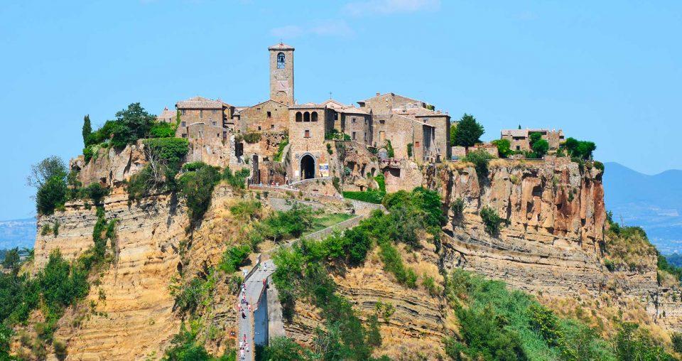 Visitare Civita di Bagnoregio: la città condannata a morte
