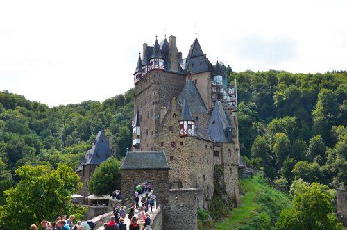 castello di eltz esterno