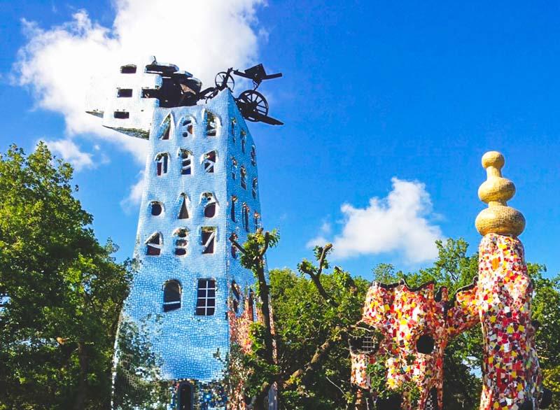 la torre al parco dei tarocchi