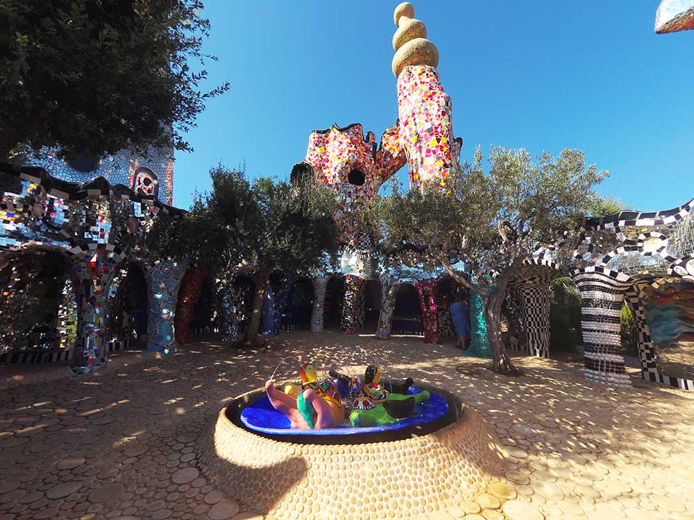 Visiting the Tarot Garden by Niki de Saint Phalle: practical information