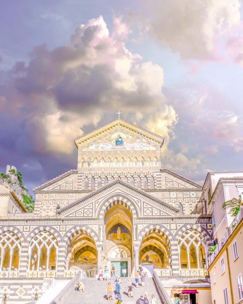 la cattedrale di amalfi in costiera amalfitana