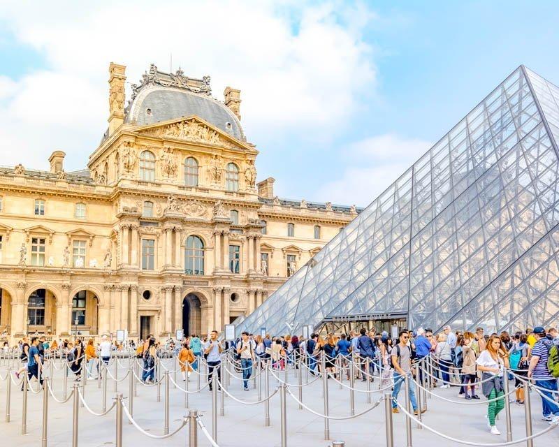 biglietto saltafila per il museo louvre di parigi